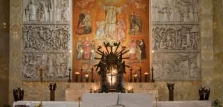 altare_maggiore1