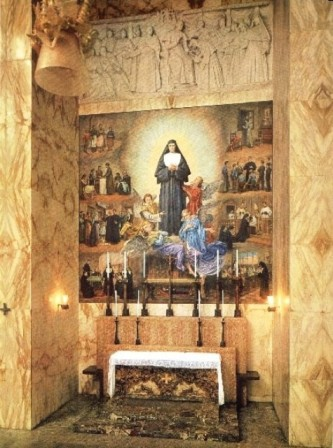 altare S M Mazzarello2
