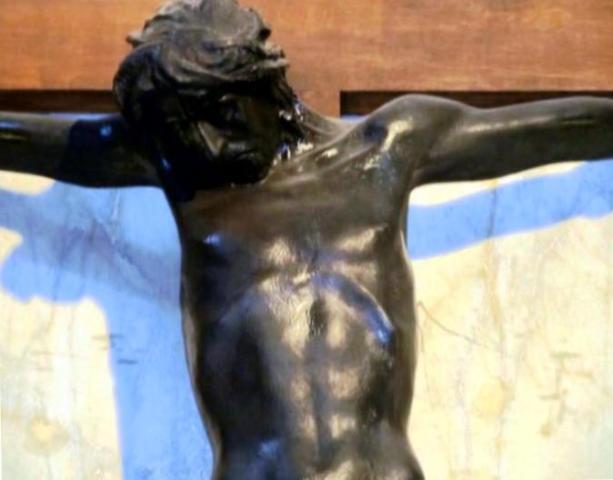 particolare crocifisso di Crocetti