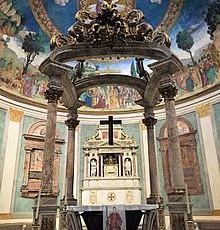 Altare_maggiore_santa_croce_in_gerusalemme,_roma